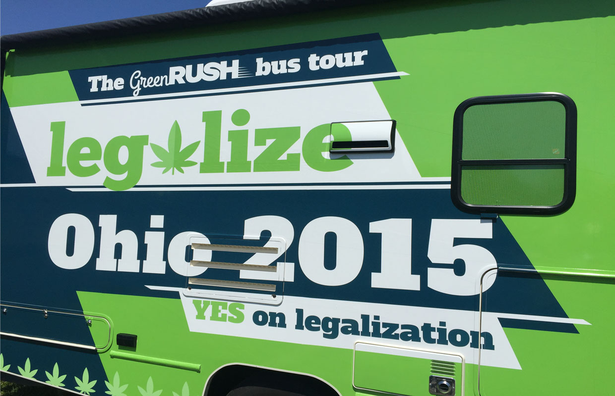 a discussion of marijuana and comparing both sides of its legalization debate Should marijuana use be legalized oct 30, 2012, at 3:35 pm  should marijuana use be legal here is the debate club's take: previous topics  there are reasons to be both hopeful and .